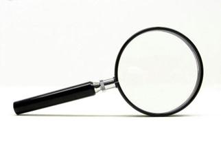 搜索框设计的另一个原则是简单易用